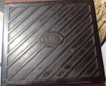 Old Bakelite cigar box or humidifier. Click for more information...