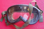 Nice set of Pilots goggles. Click for more information...