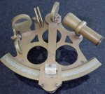 m2816 Brass nautical sextant. Click for more information...