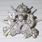 3151 Australian 1900 1912 Mounted Rifles collar badge. Click for more information...