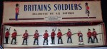 m2819 Old set of Britains toy soldiers in box. Click for more information...
